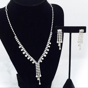 Classically Elegant Rhinestone Necklace Set